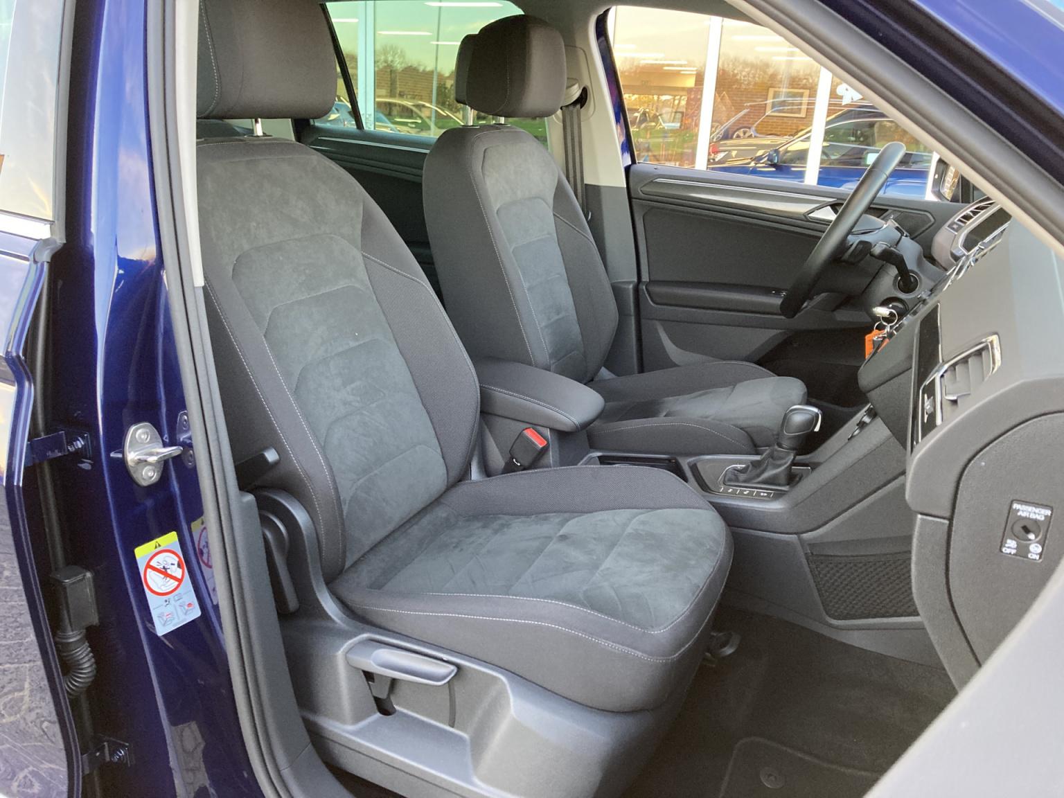 Volkswagen-Tiguan-24